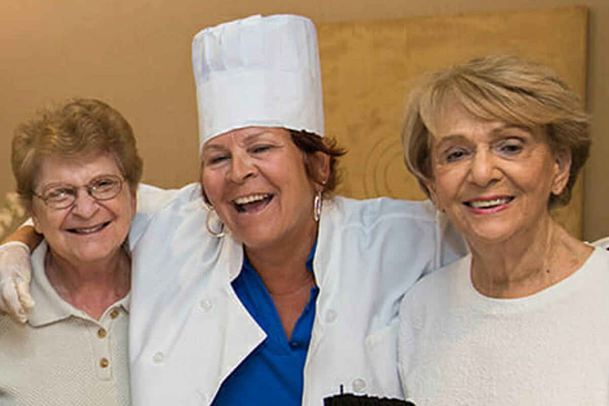 The Levin Palace at MorseLife, Clubs and Activities, Senior Independent Living